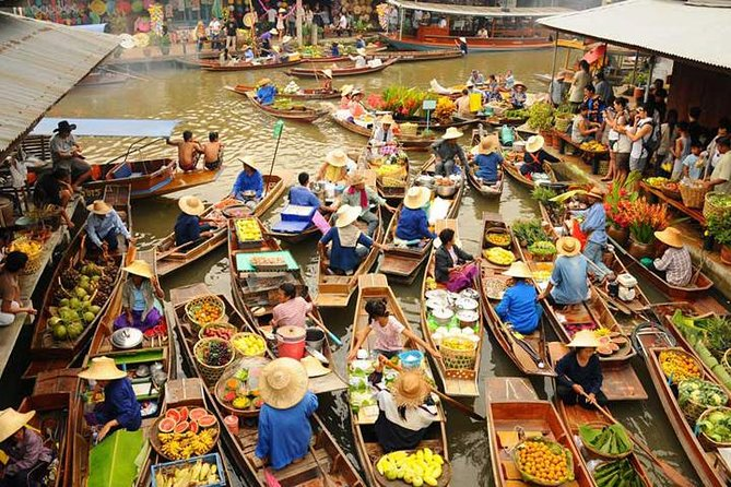 DAMNERNSADUAK FLOATING MARKET  AND ELEPHANT RIDE TOUR